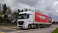 YA65 NVX (Martin's Online Photography) Tags: mercedes actros mp4 truck wagon lorry vehicle freight haulage commercial transport a580 leigh lancashire euro6 nikon nikond7200