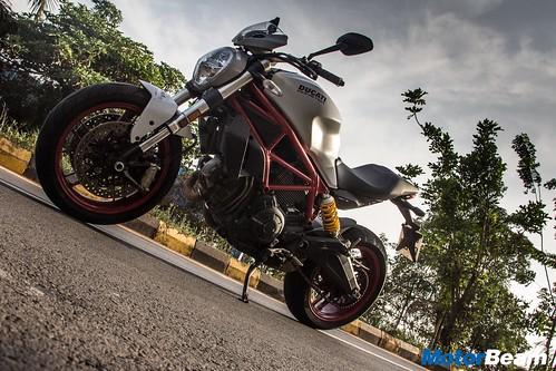 Ducati-Monster-797-30