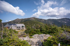 Greenleaf Hut (dxd379) Tags: nh newhampshire whitemountains nikon d7100 hiking trail hut cloud sky franconia ridge