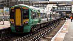 377703 (JOHN BRACE) Tags: 2013 built bombardier derby class 377 electrostar 377703 southern livery east croydon station