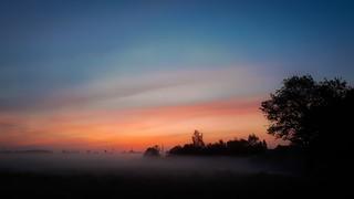 La selle sur le Bied lever de soleil