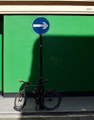 Soho - London - UK (Sandrine Vivès-Rotger photography) Tags: uk england london londres green vert road soho parking bicycle velo arrow way rue route panel blue fleche garer sens