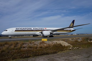 9V-SCA Singapore Airlines Boeing 787-10 Dreamliner