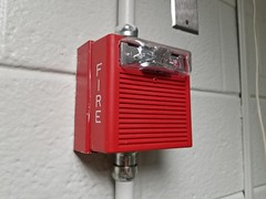 Wheelock AS at NVCC Annandale (SchuminWeb) Tags: schuminweb ben schumin web february 2018 fairfax county virginia annandale northern va community college nova northernvirginiacommunitycollege nvcc fire alarm alarms red wheelock cooper notification appliance appliances hornstrobe horn strobe horns strobes campus school schools colleges higher education firealarm firealarms light lights strobelight strobelights audible conduit conduits surface mount mounted
