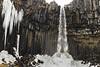 Svartifoss Waterfalls (José M. Arboleda) Tags: paisaje cielo nieve frio río agua cascada columna basalto roca risco acantilado svartifoss magnúsarfoss hundafoss skaftafell nationalpark canon eos 5d markiv ef1635mmf4lisusm jose arboleda josémarboledac