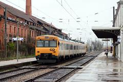 CP 592.2 (Nelso M. Silva) Tags: cp 5922 camello linha norte pampilhosa regional automotora diesel