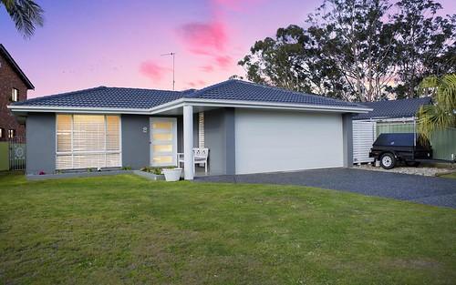 2 Sirius Key, Forster NSW