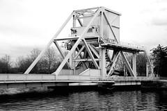 Bénouville - Pegasus Bridge (Philippe Aubry) Tags: normandie calvados valléedelorne bénouville pont pegasusbridge pontlevant secondeguerremondiale débarquement