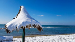 Feb. 2018 The snow in Rome (johnfranky_t) Tags: neve mare tirreno italia italy roma johnfranky t ombrellone samsung s7