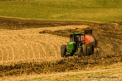 always have the wind in your face (Thomas DeHoff) Tags: john deere sony a580 iowa farm manure green red