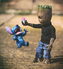 Groot Teases Stitch (Jezbags) Tags: groot teases stitch icecream jump guardiansofthegalaxy guardians lilostich toy toys hottoys macro macrophotography macrodreams canon canon80d 80d 100mm closeup upclose