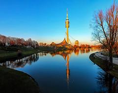 sunset photo walk (werner boehm *) Tags: wernerboehm münchen fernsehturm olympicpark1972 architecture spiegelung reflection