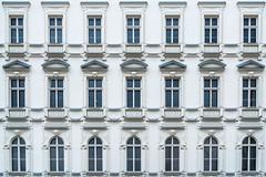 Windows in Vienna (Robert Bauernhansl) Tags: windows fenster vienna wien house haus symmetrie symmetric symmetrisch symmetry town stadt white weis 2018 austria österreich
