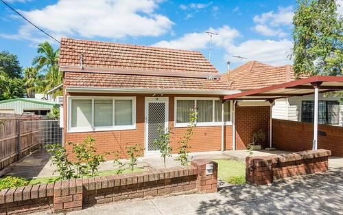 14 Wattle St, Peakhurst NSW 2210