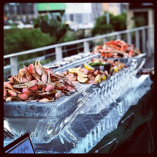 Always a pleasure working with @pinkavocadoatx @brazoshall on delectable seafood #icesculpture displays! #fullspectrumice #icebar #thinkoutsidetheblocks #brrriliant - Full Spectrum Ice Sculpture