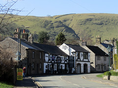 Ye Olde Cheshire Cheese Inn - Castleton, March 2018 (Dave_Johnson) Tags: castleton hopevalley peakdistrict nationalpark derbyshire yeoldecheshirecheeseinn yeoldecheshirecheese inn pub publichouse ale realale alcohol beer camra cheshirecheese cheese coachinginn seventeenthcentury 17thcentury hill hills dale