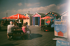 At the end of the pier (ho_hokus) Tags: 2017 35mm 35mmcamera 35mmfilm 35mmfilmcamera england essex lomolca southendpier southendonsea uk fujisuperia200 expiredfilm wallsicecream