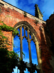 The Bombed Out Church, St Luke's, Liverpool, England (teresue) Tags: 2017 uk unitedkingdom greatbritain england merseyside liverpool stlukeschurch bombedoutchurch boldstreet ruins window