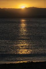 Ocaso (Lt. Sweeney) Tags: ocaso atardecer sun sol relfejo resplandor color sunset puestadesol mediterráneo marmediterráneo canon adobephotoshopcc día tarde mar agua water orilla landscape paisaje