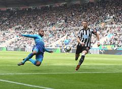775017994SM001_Newcastle_Un (Stuart MacFarlane) Tags: englishpremierleague sport soccer clubsoccer soccerleague newcastleupontyne england unitedkingdom gbr