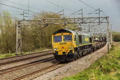 212A2865 (Phil_the_photter) Tags: class66 class68 class90 66546 66088 66594 90049 90016 66763 heamiesbridge wcml westcoastmainline railfreight gbfr lightengine
