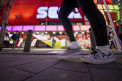 SEGA (ajpscs) Tags: ajpscs japan nippon 日本 japanese 東京 tokyo city people ニコン nikon d750 tokyostreetphotography streetphotography street seasonchange spring haru はる 春 2018 night nightshot tokyonight nightphotography citylights tokyoinsomnia nightview urbannight strangers walksoflife dayfadesandnightcomesalive streetoftokyo tokyoite feeltheearth sega