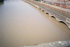 High tide, Vauxhall Bridge (knautia) Tags: riveravon vauxhallbridge bristol england uk april 2018 film ishootfilm olympus xa2 nxa2roll4 fuji superia 400iso olympusxa2 river avon bridge hightide footbridge