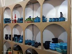 Rayen راین (Fontaines de Rome) Tags: iran rayen citadelle castle boutique shop راین ایران ارگ راين دکان