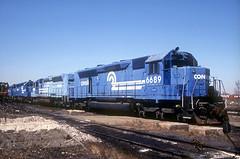Conrail SDP45 6689 (Chuck Zeiler) Tags: cr conrail sdp45 6689 railroad emd locomotive bensenville train chuckzeiler chz