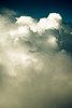Pesante leggerezza (Kazze) Tags: pesante leggerezza london fly volo travel nuvole clouds fluffy morbido 2007
