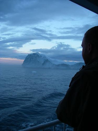 Drifting past Icebergs