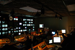 DSC_0484.JPG (Mike Gilbert Photography) Tags: seattle mike interestingness tvstation eugene explore 1870mmf3545g controlroom cbs kiro tvnews kiro7 seattletv 20052009michaelgilbertallrightsreserved