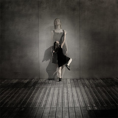 Theater (geoffroy demarquet) Tags: portrait woman 6x6 photoshop square nikon theater d70 theatre femme ps spot bnf format serie ligne planche teater carr bibliothquefranoismitterrand geste dedoublement absolutegoldenmasterpiece truthandillusion