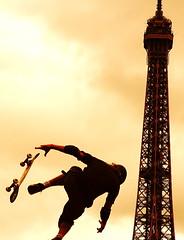 Paris LG Action Sports World Tour 2006 (Sam OULMOU) Tags: world street streetart paris france tower sports sport tour sam action eiffeltower eiffel 2006 lg skate toureiffel skateboard trocadro lgactionsports oulmou samoulmou