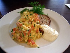 Scrambled Eggs with Smoked Salmon - Babka (avlxyz) Tags: food fish breakfast egg salmon casio eggs exilim smokedsalmon scrambledeggs babka z850