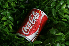 COCA COLA HEAVEN (FUNKYAH) Tags: red green wet cola drink coke can cocacola coca