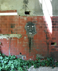 Abandoned Place - August 2006 (dem666) Tags: street streetart art abandoned chalk tv blood evil places drug dem panzer botlek