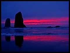 Sunset at Haystack (back to Carol Kathleen) Tags: pink oregon bravo cannonbeach haystackrock breastcancer 50100favs findacure fivestarsgallery abigfave theneedlesofhaystackrock impressedbeauty wowiekazowie