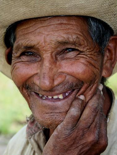 La admirable historia de Don Toño. por Fano_Quiriego.