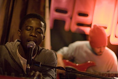 Kwame Yeboah - The Sanderson Pitch@Under Solo, Camden town, London, UK (Mr Skel) Tags: uk music london artist live gig pitch perform sanderson canonef50mmf14 sandersonpitch replaylive undersolo kwameyeboah
