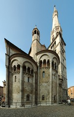 Abside del Duomo di Modena (Frankz) Tags: italy tower church cathedral emilia modena ultrawide stitched emiliaromagna