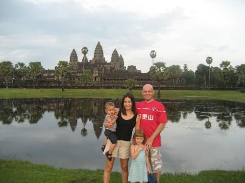 angkor_wat_family_1_1