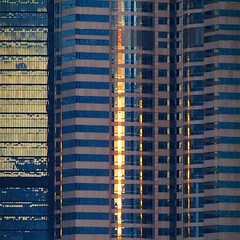 hong kong in reflection (sculptorli) Tags: hongkong reflection abstract abstrait abstraction abstrakt réflexion sunset window architecture building skyscraper 建築
