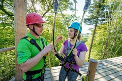 Training for adventure parks in accordance with NEN EN #15567. #ropescourse #safety http://j.mp/1s2R8pn (Skywalker Adventure Builders) Tags: high ropes course zipline zipwire construction design klimpark klimbos hochseilgarten waldseilpark skywalker