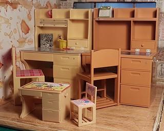 Re-ment study / school desks