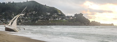 pedro point pnorama (pbo31) Tags: bayarea california nikon d810 color april 2018 spring boury pbo31 sanmateocounty pacifica pacific ocean shore beach westcoast sail beached boat sunset panorama large stitched panoramic pedropoint shipwreck sailboat houses sky