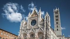 Siena Cathedral (Ignacio Ferre) Tags: italy italia siena toscana tuscany iglesia church catedral cathedral nikon edificio arquitectura tower torre sienacathedral catedraldesiena