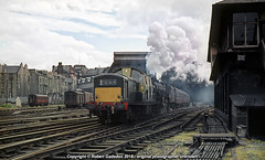1965 - Clayton Pilot, at the Lost Station.. (Robert Gadsdon) Tags: 1965 edinburgh princesstreetstation clayton type1 d8587 black5 44952 steam diesel withdrawn scrapped closedstation demolished