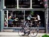 Decisive moment (Edna Winti) Tags: handshake meeting finchscafe westpenderstreet coffeeshop ednawinti vancouver cafe potw2018 1552