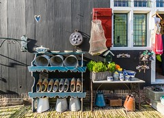 Nostalgie - Longing for passed days (Giloustrat) Tags: zaanseschans netherlands pentax k3 nostalgie garden sabots pentaxflickraward